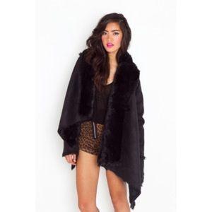 UNIF Chelsea Shearling Coat - Black